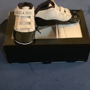 Jordan Shoes - Jordan 11 Retro Gift Pack